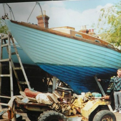 Don Kitson a boat he built