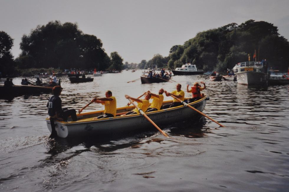 Yellow Rowers